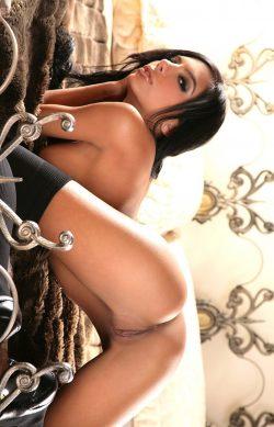 Молодая и сексуальная девушка желает интим знакомства с мужчиной в Орле.